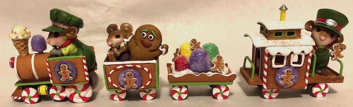 Gingerbreal Express Small